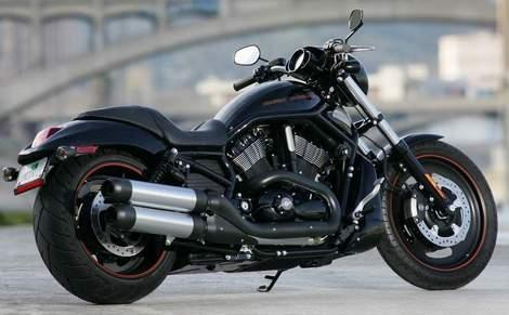 Award Winning Harley-Davidson Under The Hammer $800,000 Raised For Charity
