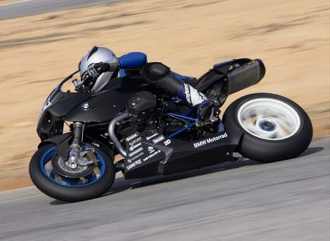 BMW Motorrad returns to world championship road racing